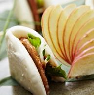 'Duck' steamed bun at Franchia